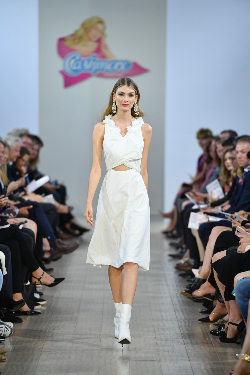 Cashmere Collection 2019 - Rebecca Rowe - George Pimentel Runway Photography