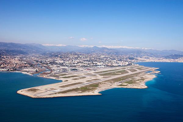 多伦多中央岛机场 跻身全球最美十大机场