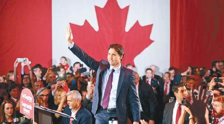 第二年轻总理 誓言让加拿大恢复真自由 | 新闻