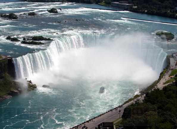 惊!美国尼亚加拉大瀑布三年内关闭 加拿大更壮观了