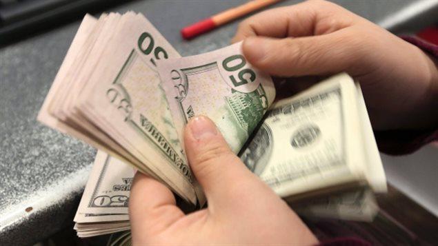 五种方法让你手中加元能换更多美元