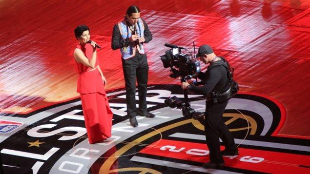 NBA全明星赛:BC省歌手唱国歌遭吐槽