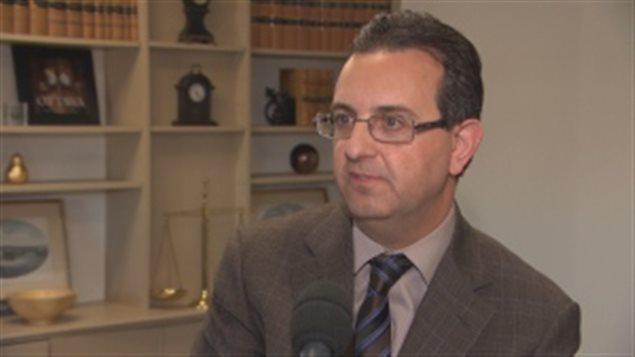 渥太华律师Obagi抱怨民事案件等待时间太长