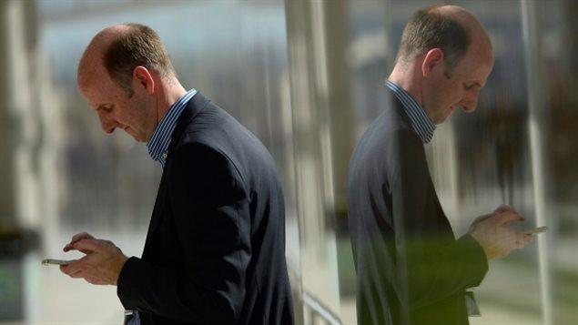 从星期四开始欧盟消费者再也不用担心手机漫游费