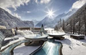 世界上最美的浴池:非比寻常的 泡澡