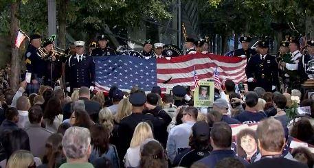 9·11事件16周年!川普潘斯分别出席纪念活动_图1-5