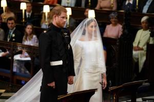 哈里王子婚礼现场:梅根这身婚纱价值达10