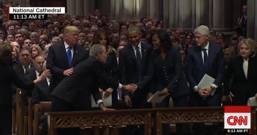 举国哀悼!前总统老布什国葬仪式 小布什追思父亲当场泪飚