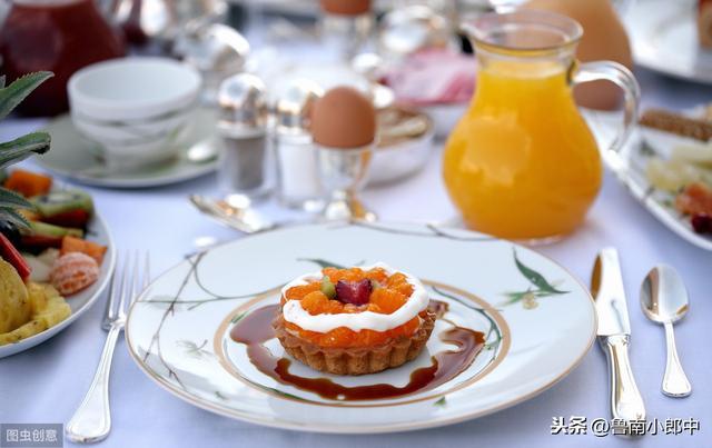 别再吃这三种早餐了,没营养,还容易发胖!