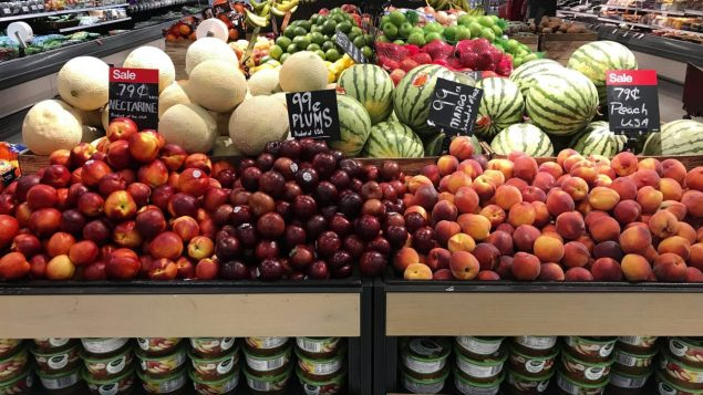 comptoir-fruits-legumes-epicerie-inflation-635x357.jpg