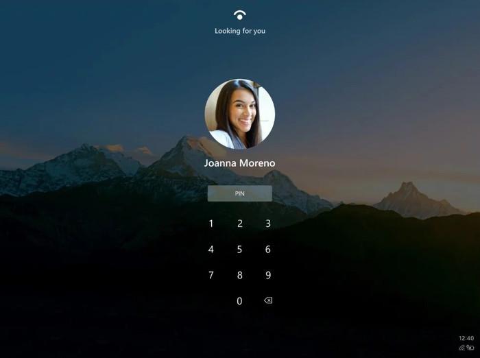 Windows 10X的启动界面,能够明显看出Windows Hello的标志