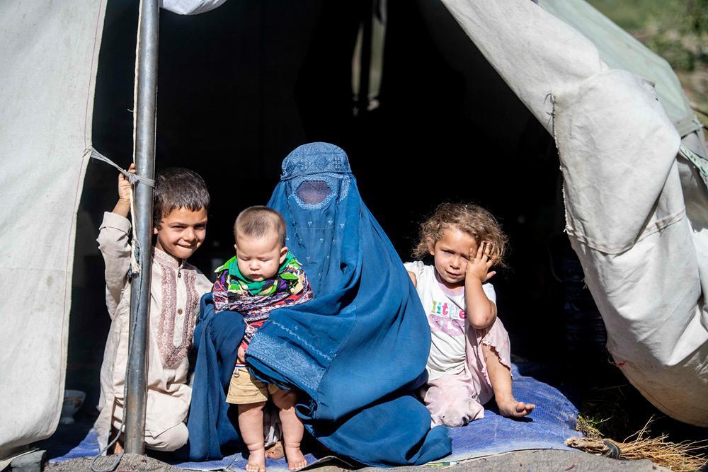 9月2日,阿富汗首都喀布尔难民营地。图片来源:视觉中国