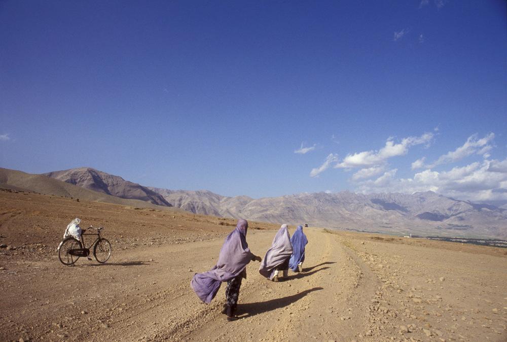 阿富汗农村地区的妇女 图自《纽约客》