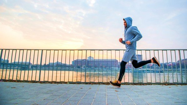 跑步运动的男人