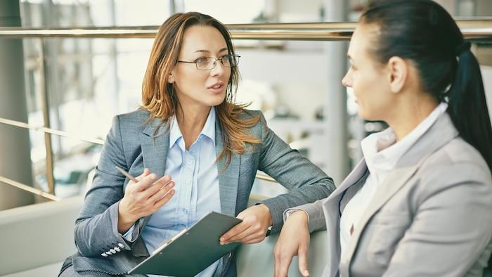 2021 年 9 月份加拿大女性就业人数大增.