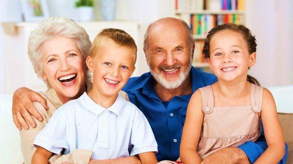 快乐的祖孙